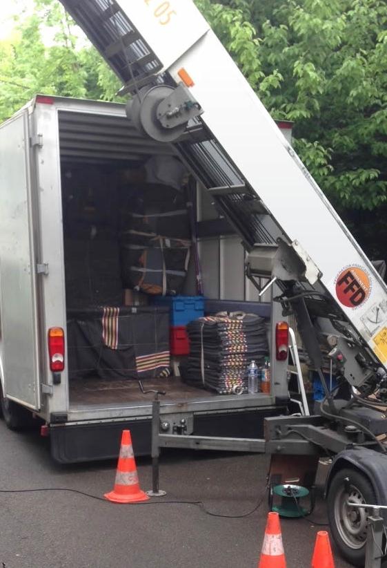 Monte-meuble-camion